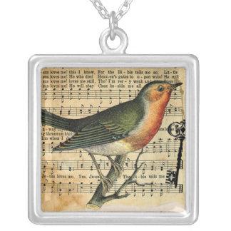 ヴィンテージ愛鳥の鍵のネックレス シルバープレートネックレス