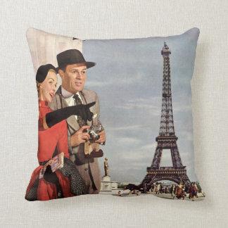 ヴィンテージ旅行-パリの恋人 クッション
