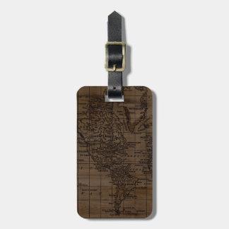ヴィンテージ木および黒い世界地図の荷物のラベル ラゲッジタグ