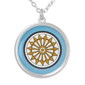 ヴィンテージ種族アッシリアの幾何学的なパターンデザイン シルバープレートネックレス