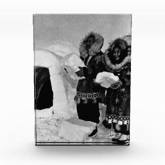 ヴィンテージ米国アラスカのイグルーの建築者1970年 表彰盾