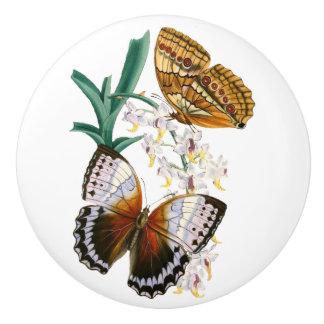 「ヴィンテージ蝶」の陶磁器のノブ セラミックノブ