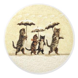 ヴィンテージ雪を踊るストライプのな猫の傘 セラミックノブ