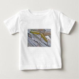 ヴィンテージMasterlureはウナギの塩水のプラグを接合しました ベビーTシャツ