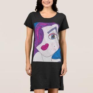 ヴェロニカのTシャツの服 ドレス