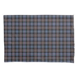 一族のマッケンジーによって風化させるタータンチェックの青およびブラウン 枕カバー