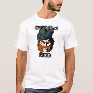 一族のGunnのスコットランドの誇りを持ったなタータンチェック Tシャツ