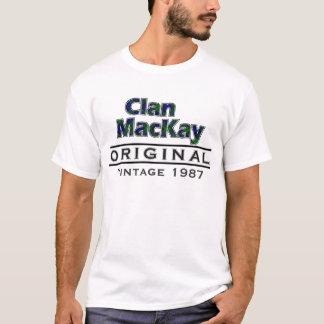 一族のMacKayのヴィンテージはあなたのBirthyearをカスタマイズ Tシャツ