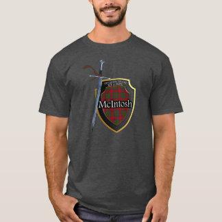 一族のMcIntoshのタータンチェックのスコットランドの盾及び剣 Tシャツ