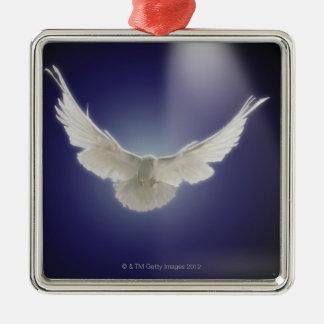一条の光線を通した鳩の飛行 メタルオーナメント