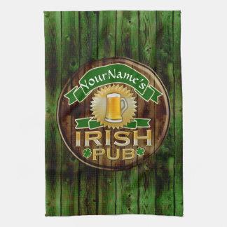 一流のアイルランドのパブの印のセントパトリックの名前入りな日 キッチンタオル