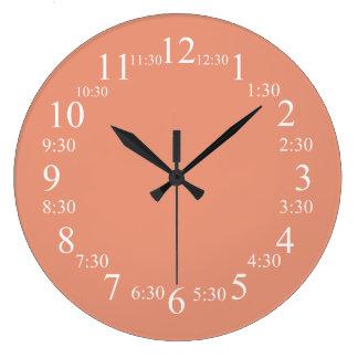 一致する暗いサーモンピンクのクラシックな色 ラージ壁時計