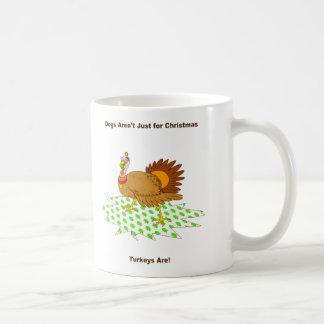七面鳥はクリスマスのためちょうどです コーヒーマグカップ