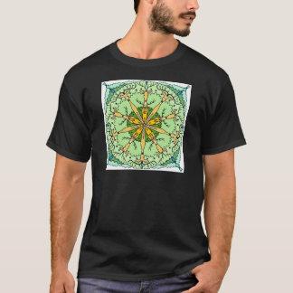 万華鏡のように千変万化するパターンのシカ Tシャツ