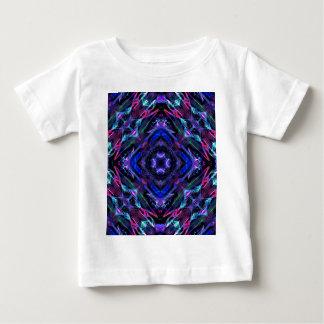 万華鏡のように千変万化するパターンのフラクタル209 ベビーTシャツ