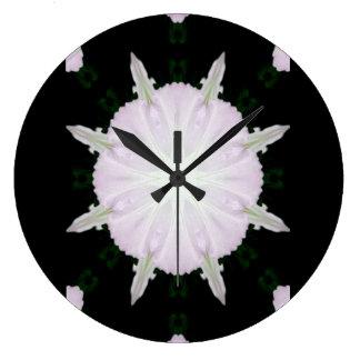 万華鏡のように千変万化するパターンのペチュニア ラージ壁時計