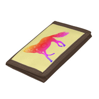 三つ折り財布の馬のブラウンのピンク