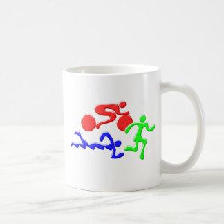三トライアスロンの水泳のバイクの操業色の姿のデザイン コーヒーマグカップ