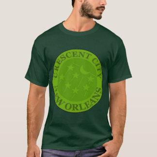 三日月形の水道のメートルのふた Tシャツ