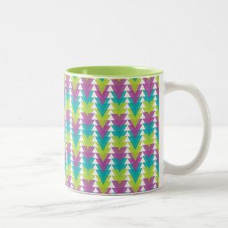 三明るい三角形のマグ ツートーンマグカップ