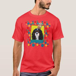 三色招待状のカップケーキ-騎士- Tシャツ