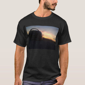 三菱食の日没 Tシャツ