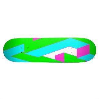 三角形のデザイン 21.6CM スケートボードデッキ