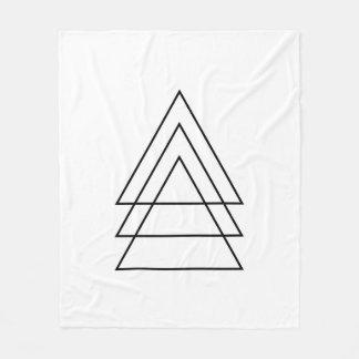 三角形のミニマルなトリオ フリースブランケット