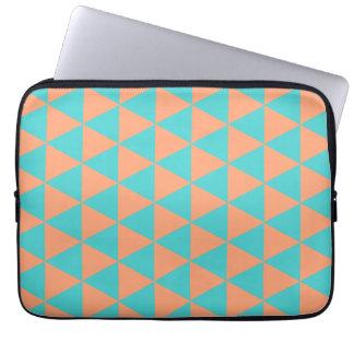 三角形パターンオレンジおよび青 ラップトップスリーブ
