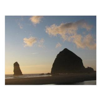 三角波の石、大砲のビーチ ポストカード