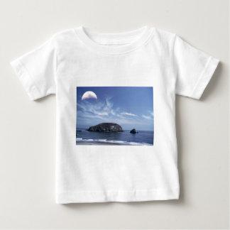 三角波上の月 ベビーTシャツ