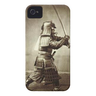 上げられた剣、c.1860 (卵白のプリント)を持つ武士 Case-Mate iPhone 4 ケース