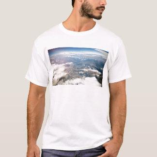 上でからのロッキー山脈 Tシャツ