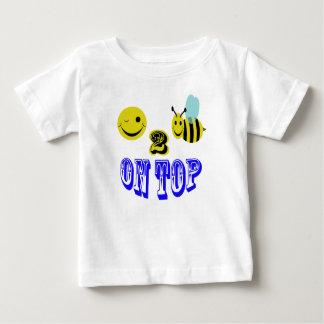 上の幸せな2蜂 ベビーTシャツ