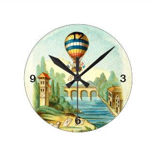 上の空気旅行 ラウンド壁時計
