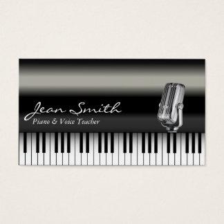 上品で暗いピアノ及び声の先生の名刺 名刺
