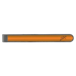 上品なオレンジラインカスタムのイニシャルのタイクリップ ガンメタルネクタイピン