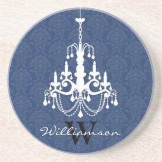 上品なダマスク織のシャンデリアのモノグラムのコースター(青い) コースター