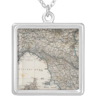 上部および中央イタリア シルバープレートネックレス