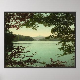 上部のloon湖、Adirondacks、ニューヨーク ポスター