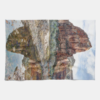 上陸するザイオン国立公園の天使-デジタルペンキ キッチンタオル