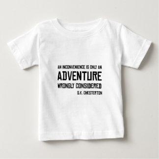 不便な冒険G.K. Chesterton Quote ベビーTシャツ