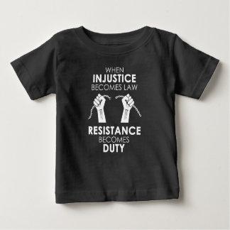不公平不公平ベビーの暗いジャージーのTシャツ ベビーTシャツ