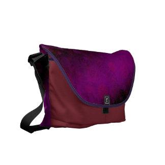 不吉な紫色 メッセンジャーバッグ