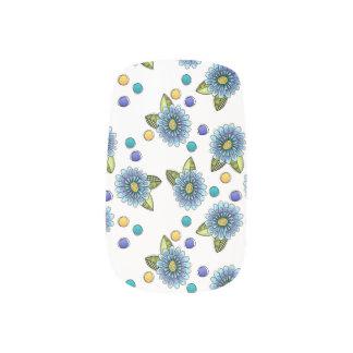 不完全で青い花 ネイルアート