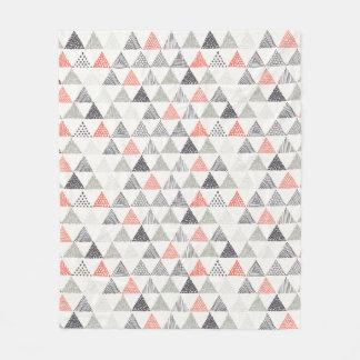 不完全な三角形パターン#1 フリースブランケット