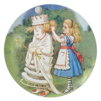 不思議の国のアリスそして白人の女王 皿