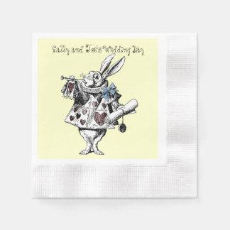 不思議の国の白いウサギの結婚式のナプキンのアリス 縁ありカクテルナプキン