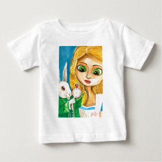 不思議の国の白のウサギのアリス ベビーTシャツ