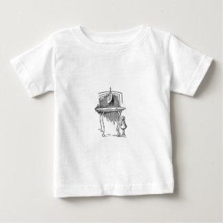 不思議の国2のアリス ベビーTシャツ
